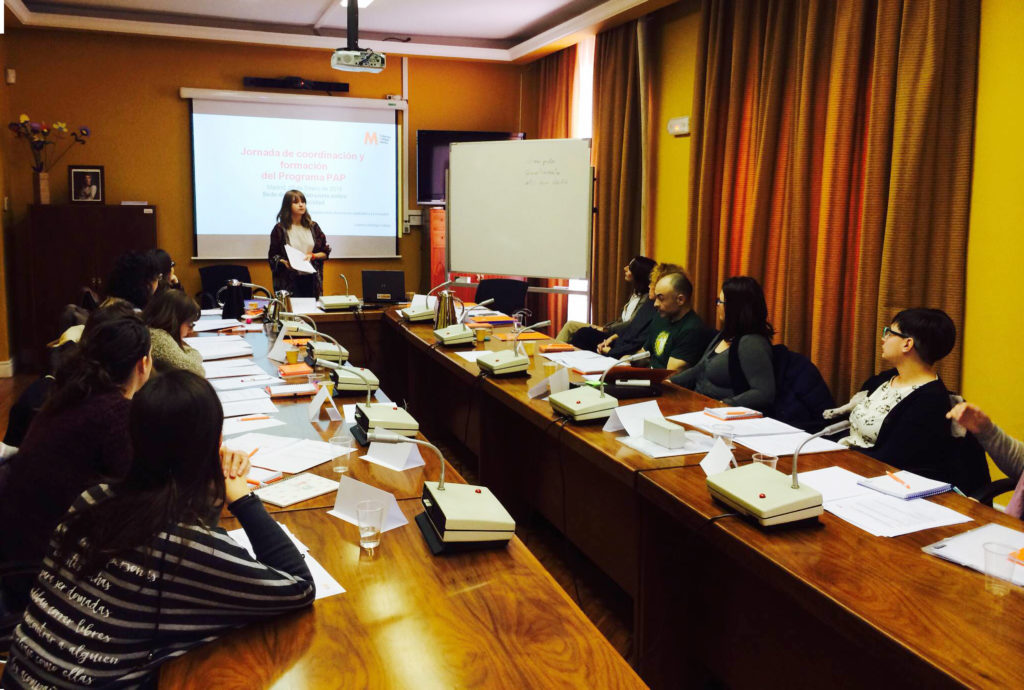 Reunión entre técnicos de promoción de la autonomía personal en Esclerosis Múltiple